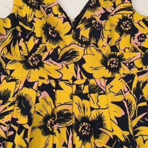 J. Crew Dresses - 🌴J Crew Deep V Floral Dress